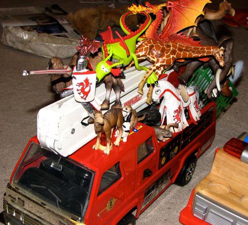 _Animals-firetruck