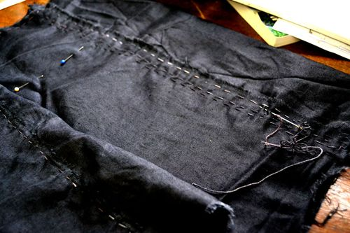 Stitching-black-3
