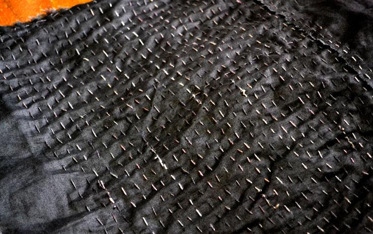Stitching-black
