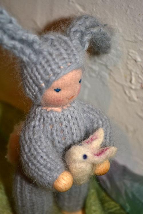 Easter-bunny-w-bunny-4