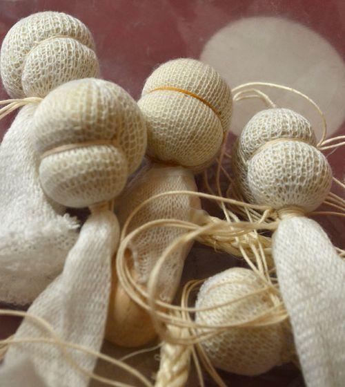 Tiny-doll-heads