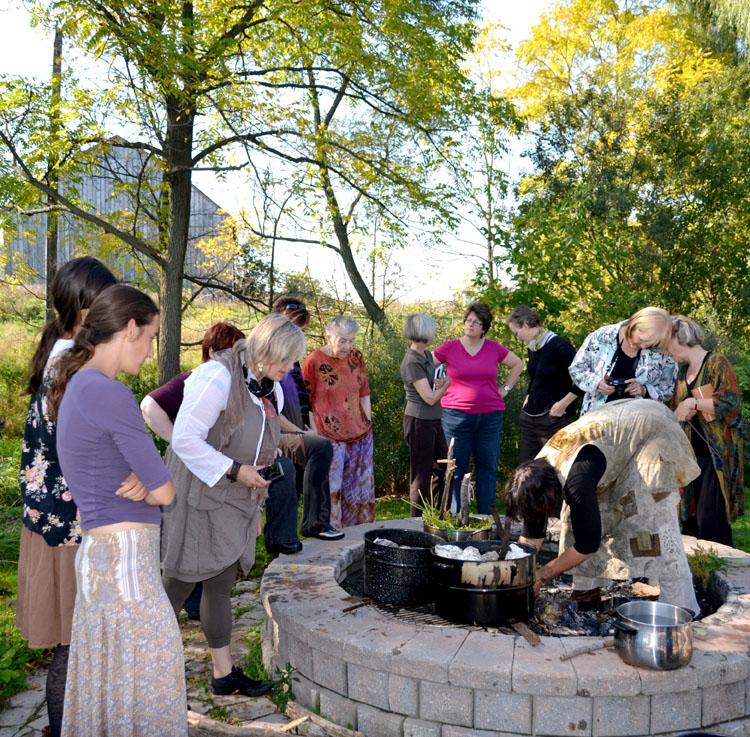 N-landsking-fire-cauldron