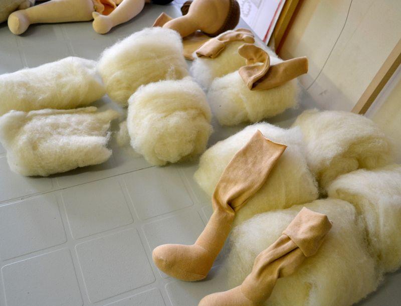 Doll-leg-stuffing