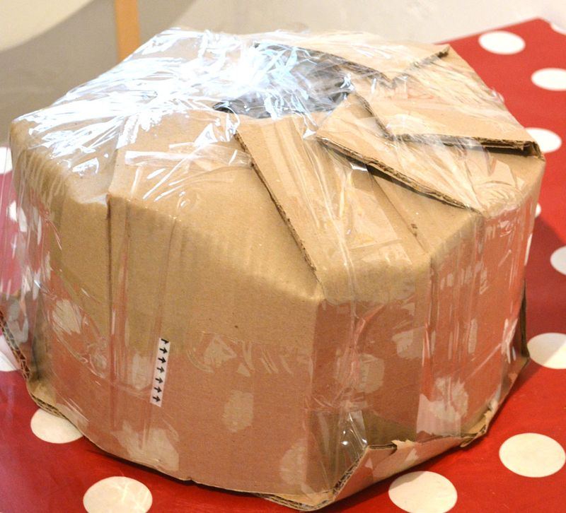 Packaged-cake