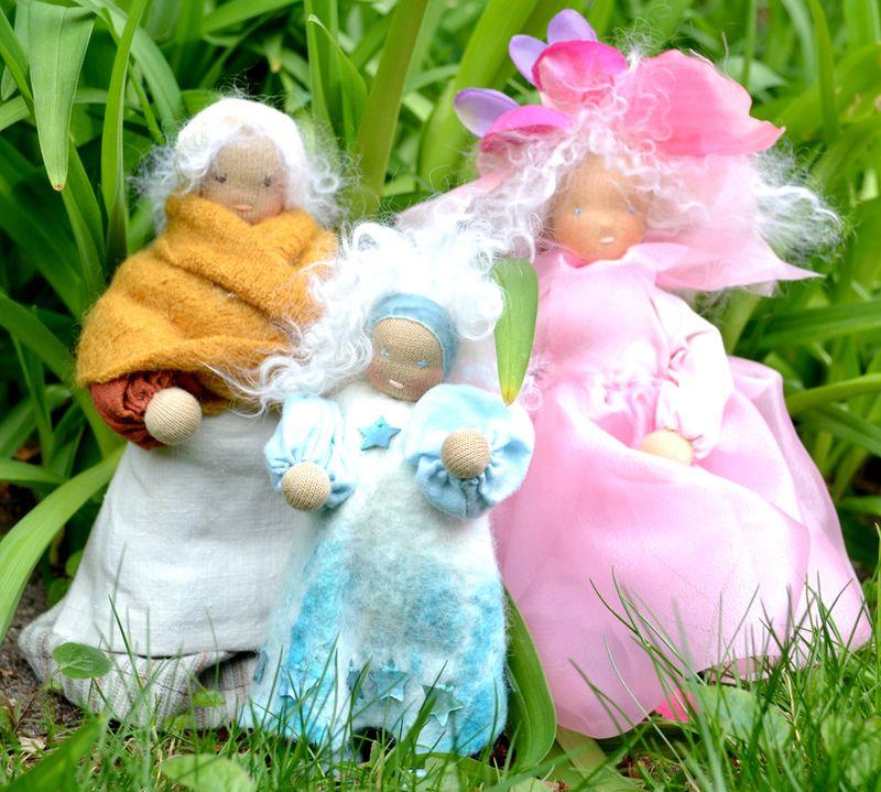 File-10-Posable-dolls